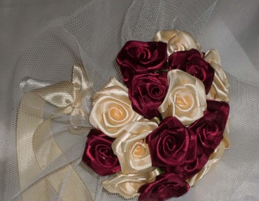 Розы для букета из атласных лент своими руками мастер класс 80