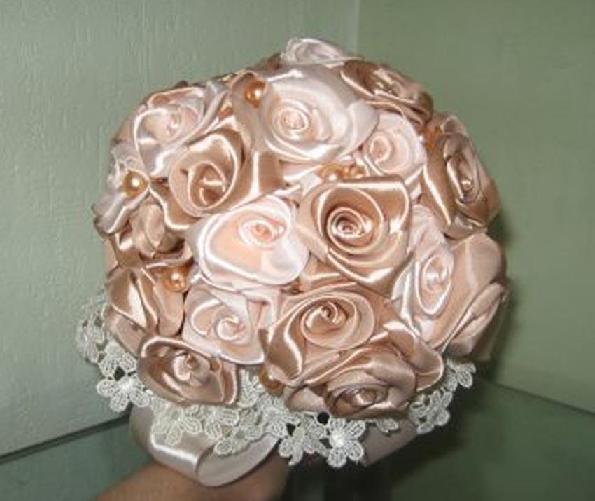 Букет невесты из атласных лент цена